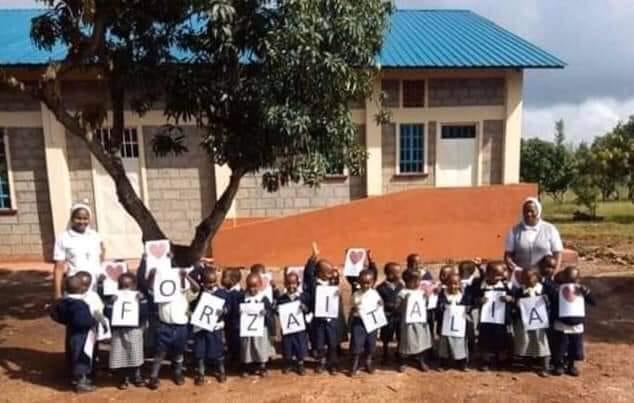 Dall'Uganda all'Italia, un messaggio di amicizia